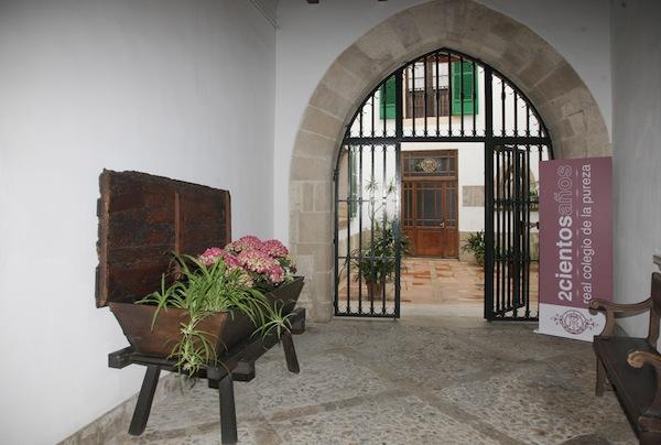 Entrada-y-Patios-CasaMadre-95
